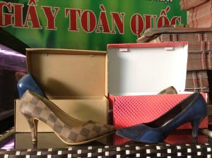 hộp giấy đựng giày tp hcm, hộp giấy đựng giày quận 12
